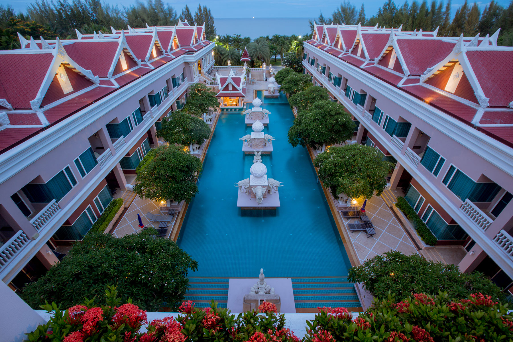 Overview, Grand Pacific Sovereign Resort & Spa
